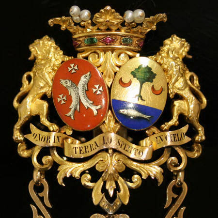 French Royal Antique Chatelaine : Heraldic & Family Crest