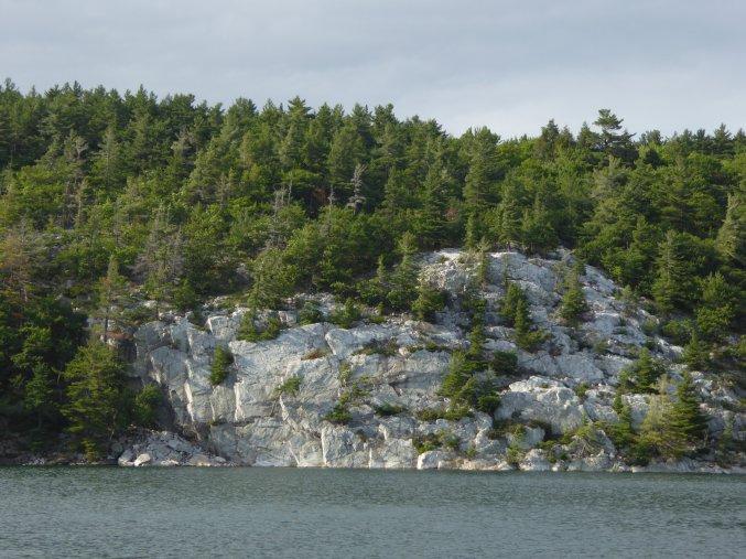 Quartz cliffs
