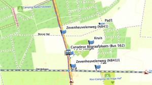 Rondje kalebassen: Start op de parkeerplaats, noordwaarts,dan via het pad De Hel naar de driesprong. Vervolgens rechtsaf over de Hoge Klauw naar Groesbeek . Bij de Derde Baan rechtsaf naar de kalebassen en pompoenen.