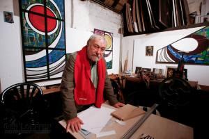 Ted Felen in zijn atelier (2007) - foto door Ger Loeffen voor 'Beeldspraak' door Ad Lansink (2007)