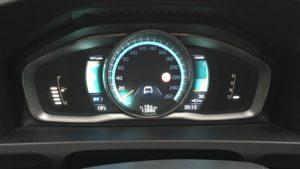 Dashbord V60 D6TE - 12660 km - 18,5 km gereden, nog 30 km elektrische voorraad