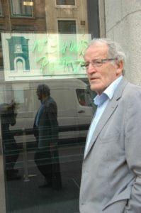 Max de Bok voor zijn 'tweede thuishaven' Bron: Website NVJ, foto: Henk Schaaf