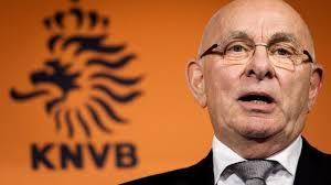KNVB Voorzitter Michael van Praag (Bron: www.nu.nl)