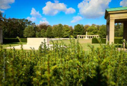 Der Soldatenfriedhof der Alliierten Adler Photographie