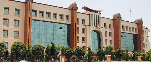 GL Bajaj Institute of Management and Research