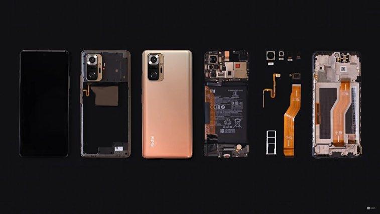 Geçtiğimiz günlerde tanıtılan Xiaomi Redmi Note 10 Pro, parçalarına ayrıldı ve bilgiler paylaşıldı. Xiaomi resmi YouTube kanalı üzerinden paylaşılan videoda, modelin sahip olduğu donanım kendisini gösterdi. Adım adım parçaların ayrıldığı videoda, parçaların neler olduğu da gösterildi.