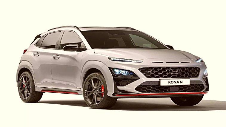Hyundai, performans odaklı N ve N Line serisi ile ilgili önemli açıklamalarda bulunurken ilk sportif SUV modeli Kona N'i de duyurdu. Hem gücü hem de tasarımıyla dikkat çeken yeni Kona N'in fiyatı hakkında ise bir bilgi paylaşılmadı.