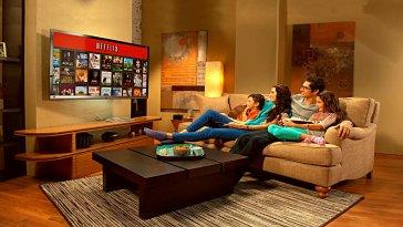 Netflix, yaz mevsimi boyunca yayınlayacağı tüm filmlerini açıkladı. 20'den fazla filmi abonelerinin beğenisine sunacak olan platform, kullanıcılara bu dönemde nefes aldırmayacak gibi görünüyor.