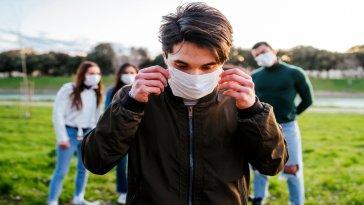 Sağlık Bakanlığı Koronavirüs Bilim Kurulu Üyesi Prof. Dr. Seçil Özkan, Türkiye'de koronavirüsü yenebilmek için gerekli olan aşılama oranını olduğunu açıkladı. Özkan'a göre koronavirüsü yenebilmemiz için, yüzde 70 oranında aşılama yapılması gerekiyor.
