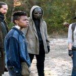 Popüler zombi dizisi The Walking Dead, son sezonuyla izleyicileri ile buluşmaya hazırlanıyor. Ağustos ayında yayınlanacak final sezonundan yeni bir fragman paylaşıldı. Ayrıca The Walking Dead Comic-Con etkinliğinde seriye dahil olacak yeni oyuncular duyuruldu.