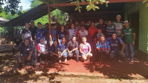 Comitiva de empleados de TABESA quienes realizaron la donación.