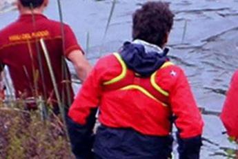 Lecco, ragazzina dispersa nel lago: ricerche in corso