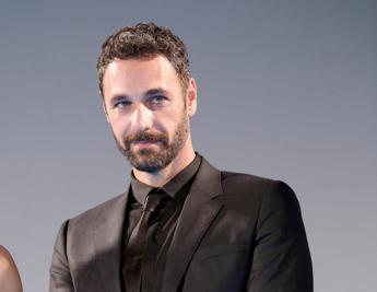 Raoul Bova esulta: 'La Reina del Sur' vince International Emmy