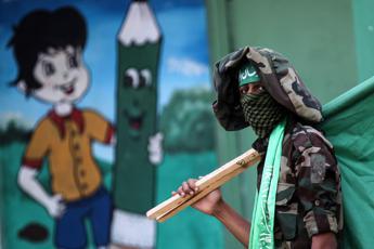 Hamas: Biden rinunci a piano Trump per Medioriente