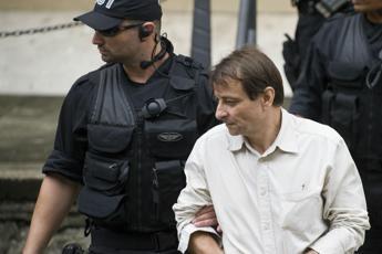 Battisti, fratello Campagna: Paura di trasferimento con jihadisti? Fa ridere