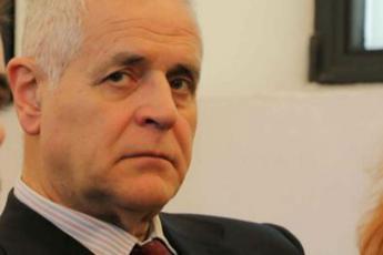 Formigoni: 'Maroni ha cambiato in peggio la sanità lombarda