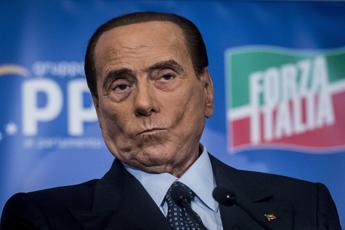 Berlusconi, Forza Italia chiede commissione d'inchiesta