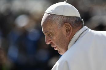 Clima, il monito del Papa ai petrolieri