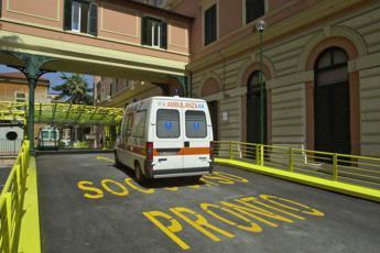 Roma, due vigili investiti sulle strisce: portati all'Umberto I