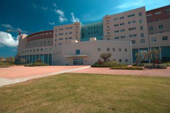 Mater Olbia: Pronti a ricevere i Covid ma continuano prestazioni altri pazienti