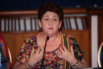 Bellanova: 'Agroalimentare centrale in politiche spesa Recovery fund