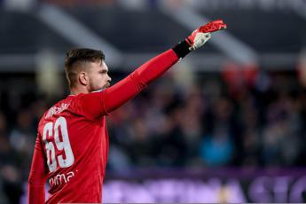Serie A, Dragowski salva la Fiorentina ma col Genoa è 0-0