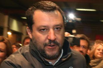 Salvini a Bossi: Non è il momento per dividere