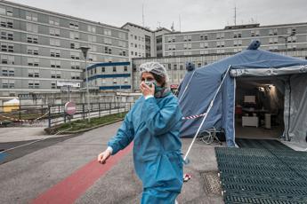 Coronavirus Lombardia, altri 127 morti