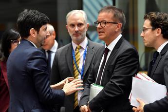 Coronavirus, Speranza: Serve coordinamento Ue più rapido