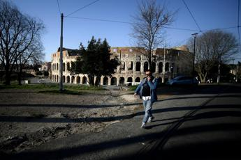 Phase 2, a new ordinance in Lazio: with 37.5 you do not enter