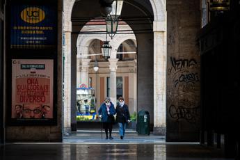 Covid Piemonte, oggi 1.215 contagi e 89 morti: i dati