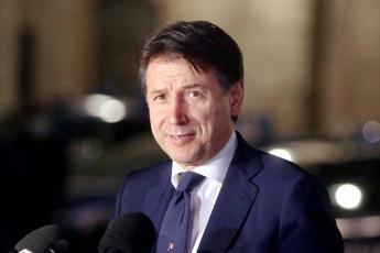 Conte sblocca l'impasse governo- Regioni