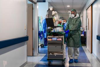 Coronavirus, 57 morti e 293 nuovi contagi in Lombardia