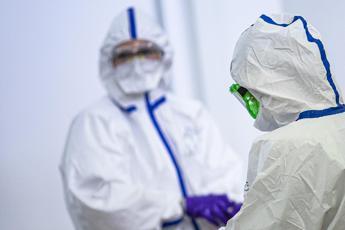 Coronavirus, altri 66 morti. Risalgono le terapie intensive