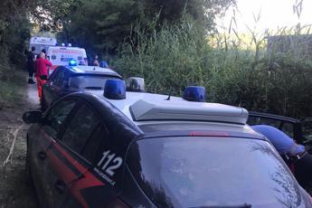 Roma, elicottero precipita nel Tevere a Nazzano /Foto