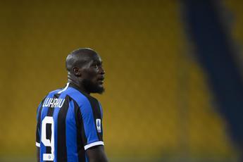 Lukaku salva l'Inter ma con la Roma è 2-2