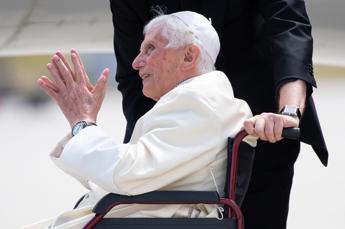 Stampa tedesca: Ratzinger ha grave infezione al viso