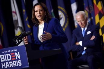 Harris: Biden costruirà un'America all'altezza dei nostri ideali