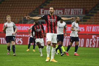 Milan, è subito super Ibra: doppietta e Bologna battuto
