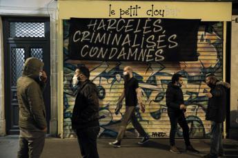 Coronavirus, Parigi a rischio 'allerta massima'