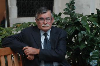 Morto Marco Santagata, il grande italianista colpito dal Covid