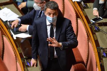 Governo, Renzi: Palla a Conte, noi fuori se si buttano soldi