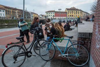 Italia zona arancione oggi, regole: cosa si può fare