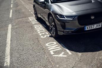 Con incentivi in Olanda la Jaguar elettrica è l'auto più venduta