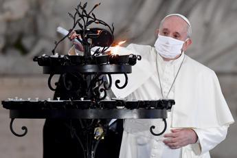 Papa Francesco: Vaccino per il corpo e per il cuore