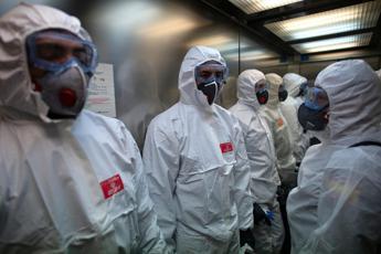 Coronavirus, in Spagna 832 nuovi decessi in un giorno