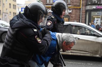 Mosca, nuovi cortei dell'opposizione: 30 arresti