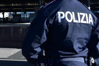 Ucciso a coltellate, arrestato fidanzato della figlia