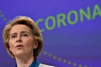 Covid, von der Leyen: Primo accordo per acquisto 400 mln dosi vaccino