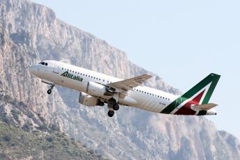 Alitalia, De Micheli: Piano ambizioso nei prossimi 5 anni